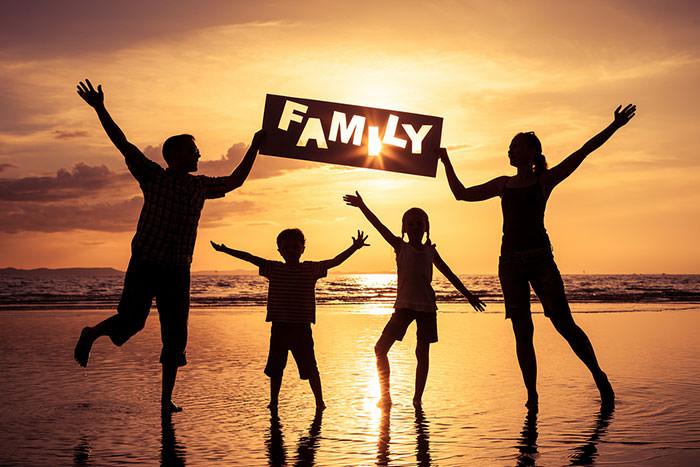 خانواده موفق چه ویژگی هایی دارد و چگونه خانواده ای موفق داشته باشیم